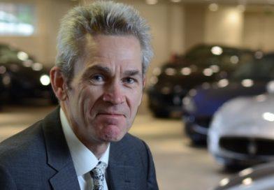 Capacitación en finanzas del automóvil e inversión en automóviles usados.